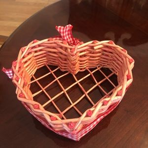 Other - Heart basket